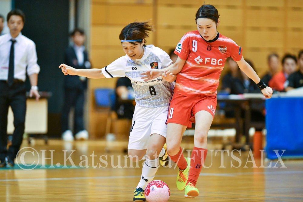 【女子F】浦安が丸岡との首位攻防戦を制す! 神戸は終盤の4ゴールで大逆転!