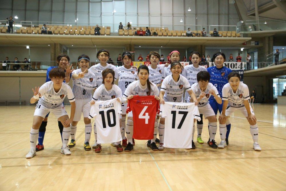 【女子選手権】初のタイトルに王手をかけた浦安 米川正夫監督「決勝に向けて良いゲームができた」