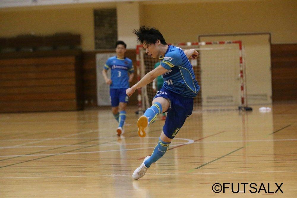 【都1部】都リーグ出場20秒で初ゴール! ネオのラストピースFP楠木隆良「FC NAKAIに勝ち、話題をかっさらう」