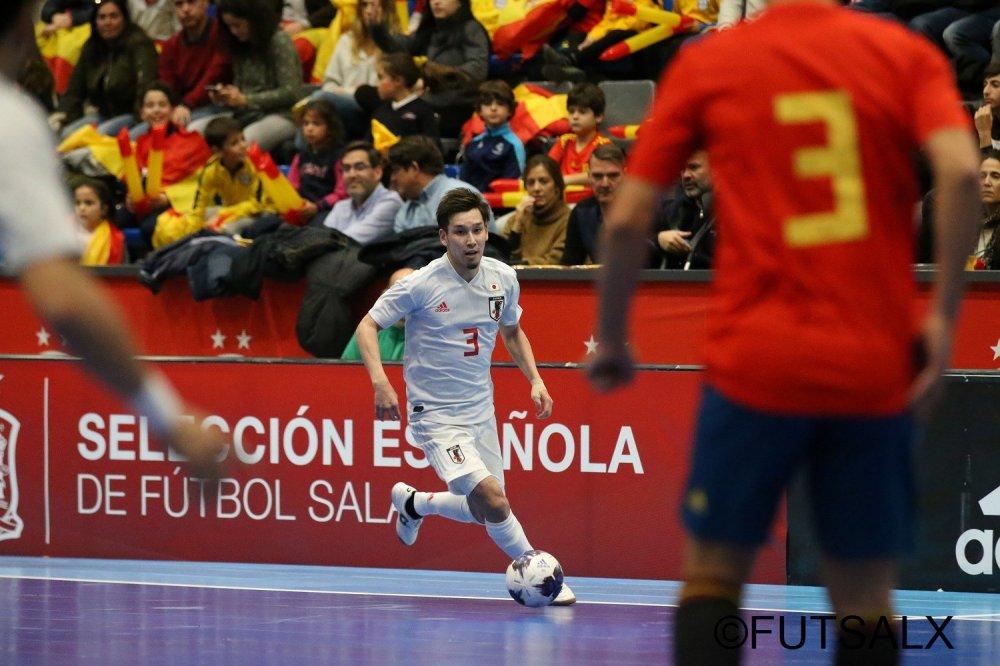 【親善試合】ドリブルに手応えも、スペインとの差を痛感したFP室田祐希「これを基準にしないとFリーグのレベルも上がらない」