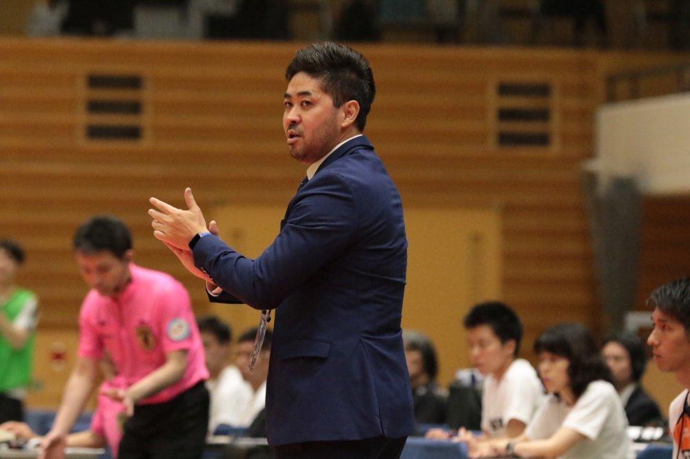 【F1】大阪が比嘉リカルド監督の契約満了を発表「感謝の気持ちでいっぱい」
