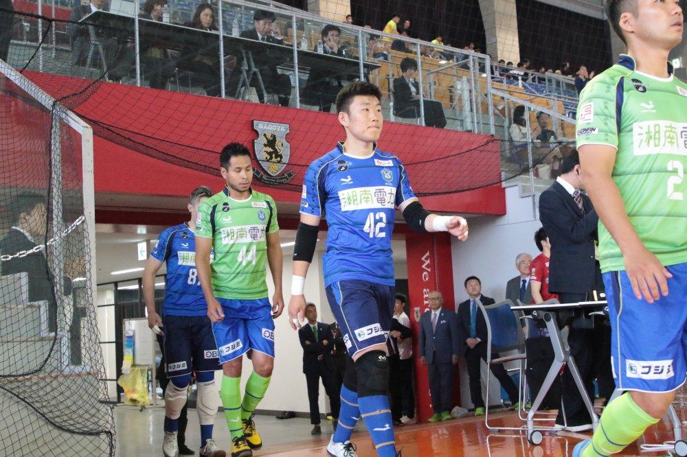【F2】柏のGKは4人に! 湘南から飯田千馬も加入「ピッチ内外チームに貢献できるよう全力で」