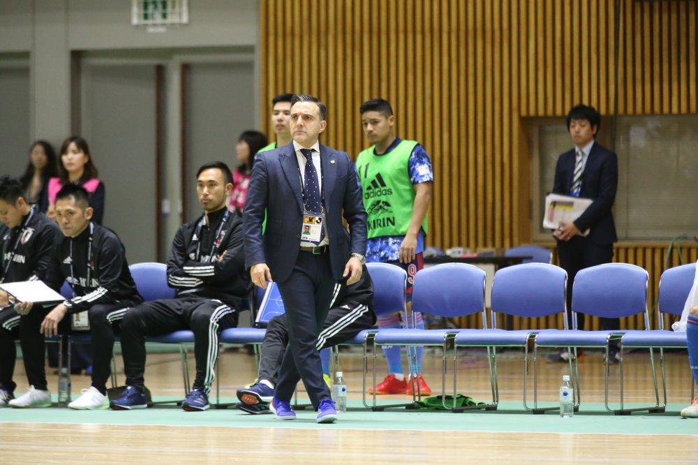 【日本代表】「今回は可能な限り遠く深くまで行く挑戦」「毎試合、主役に」ブルーノ監督が描くW杯の挑戦